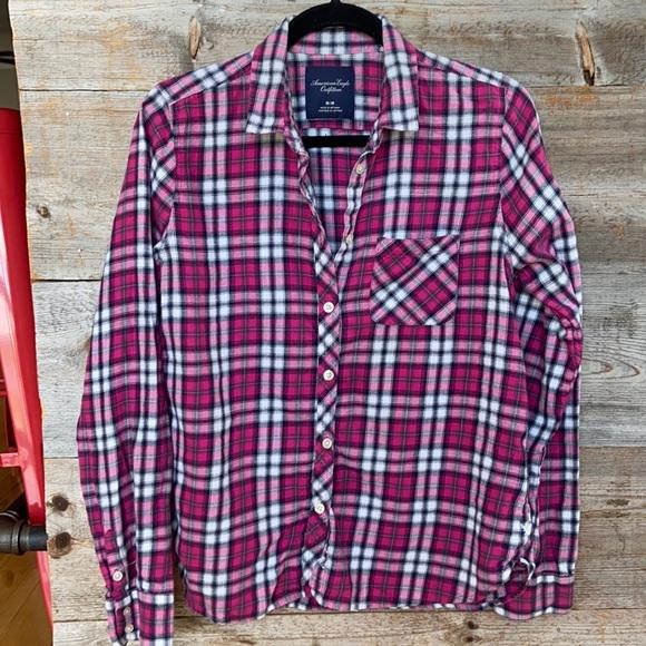 American Eagle plaid blouse size medium